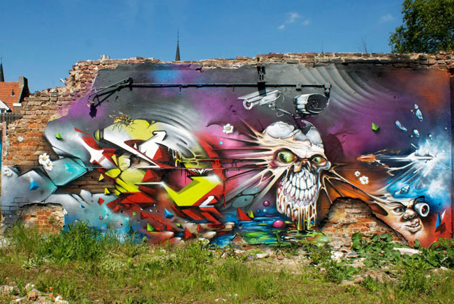 DOES &amp; NASH 30 meter wall collaboration