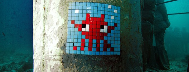 Invaders goes under water   Art-Pie