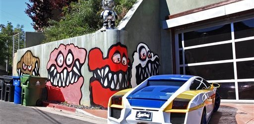 Chris Brown monsters   Art-Pie