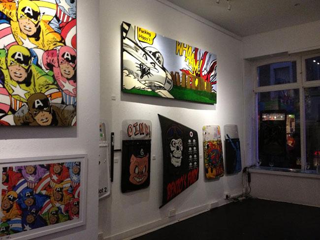T.wat at Graffik gallery   Art-Pie