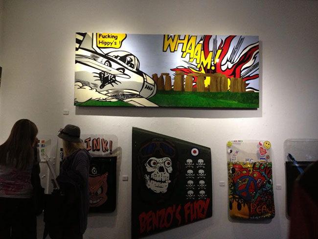 T.wat at Graffik gallery | Art-Pie