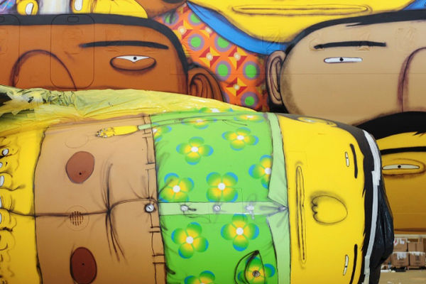 OS Gemeos Plane design for the Brazilian World Cup | Art-Pie