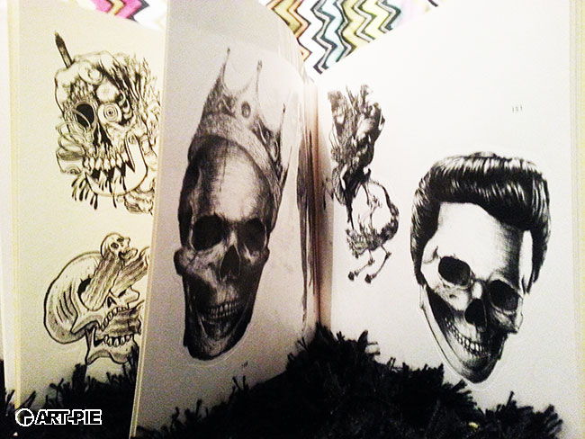 Stickerbomb Skulls | Art-Pie